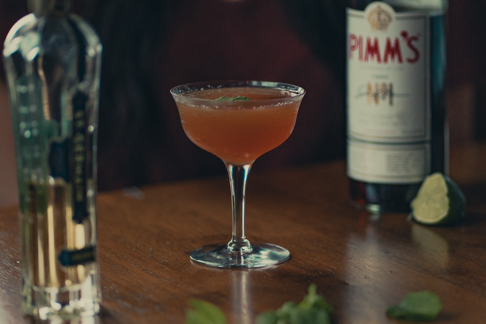 Pimms and St Germain War of the Roses