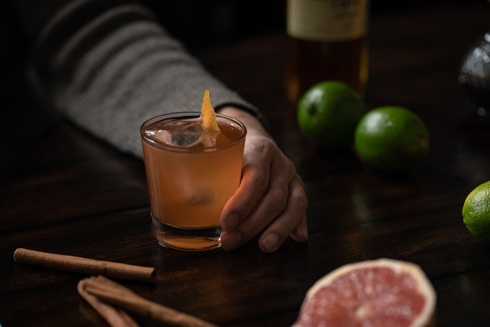 The fruit and cinnamon Rum Old Fashioned