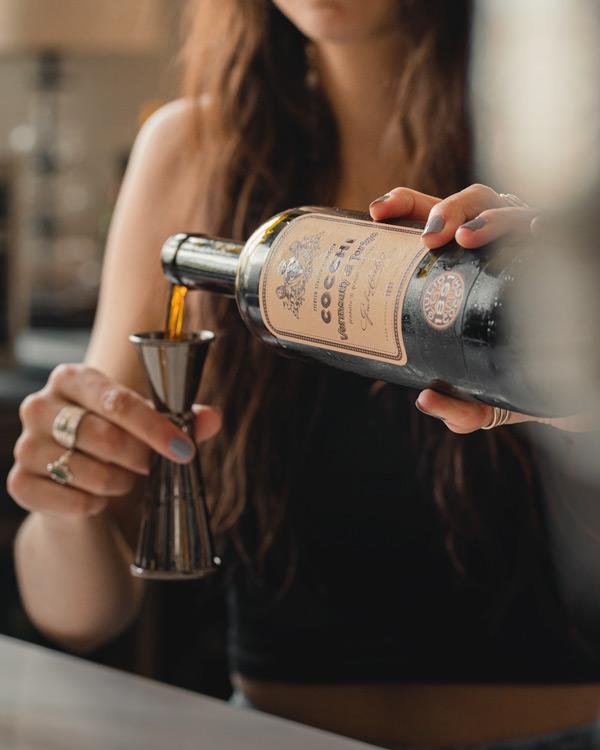 measuring vermouth